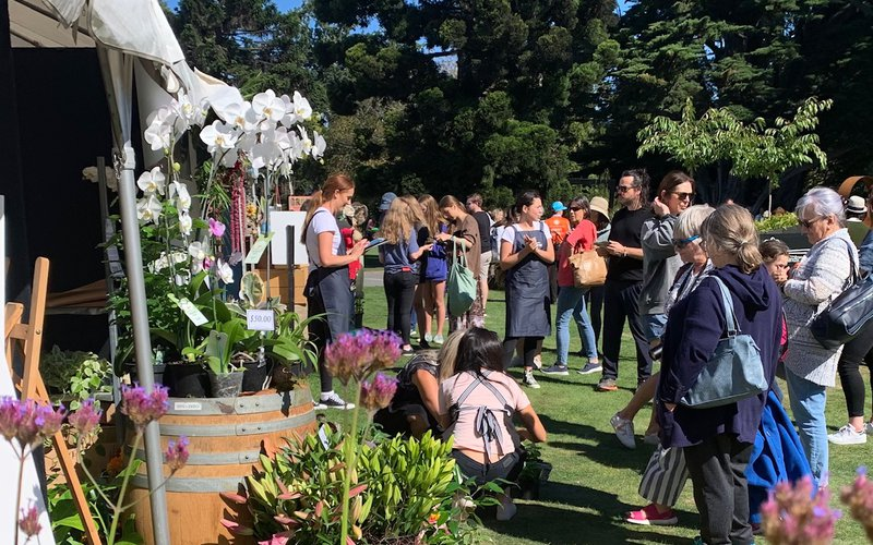 Thousands turn out for day two of Grow Ōtautahi.jpg
